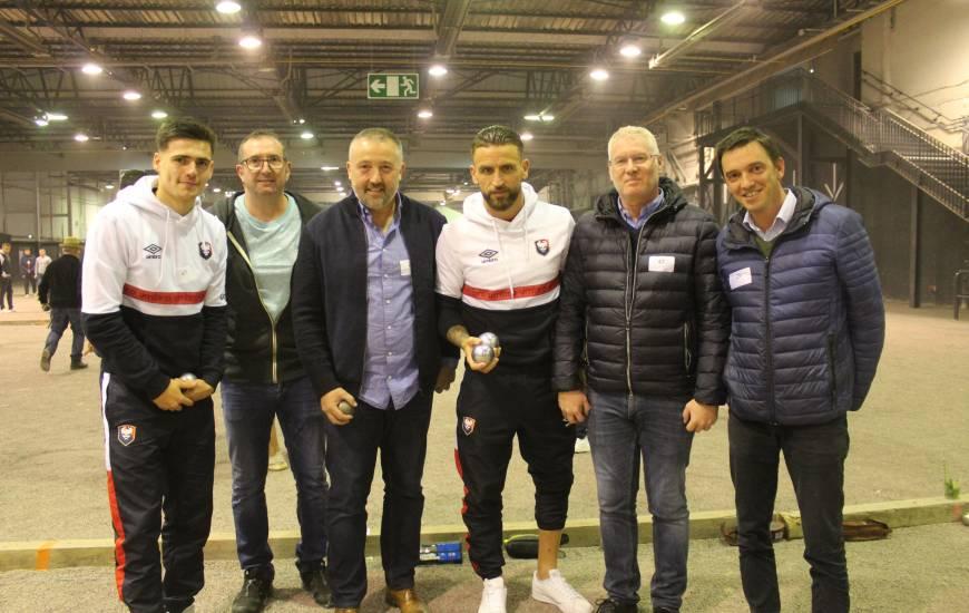 Joueurs et staff du Stade Malherbe Caen étaient invités à jouer avec les partenaires du club pour ce tournoi de pétanque annuel