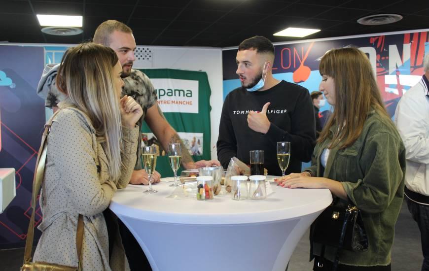 Le salon connecté était occupé par l'antenne centre-manche de Groupama à l'occasion de la réception d'Amiens