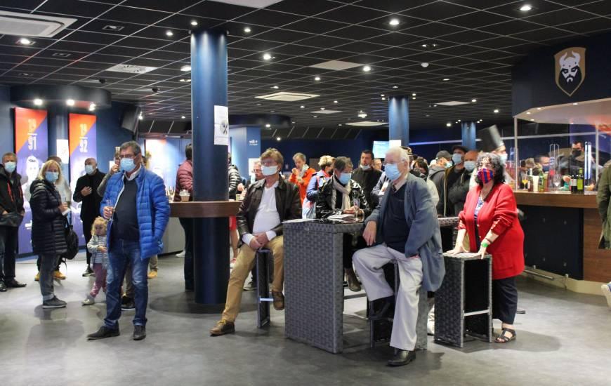 Les partenaires présents dans l'ensemble des salons du stade Michel d'Ornano ont parfaitement respecté les mesures sanitaires mises en place
