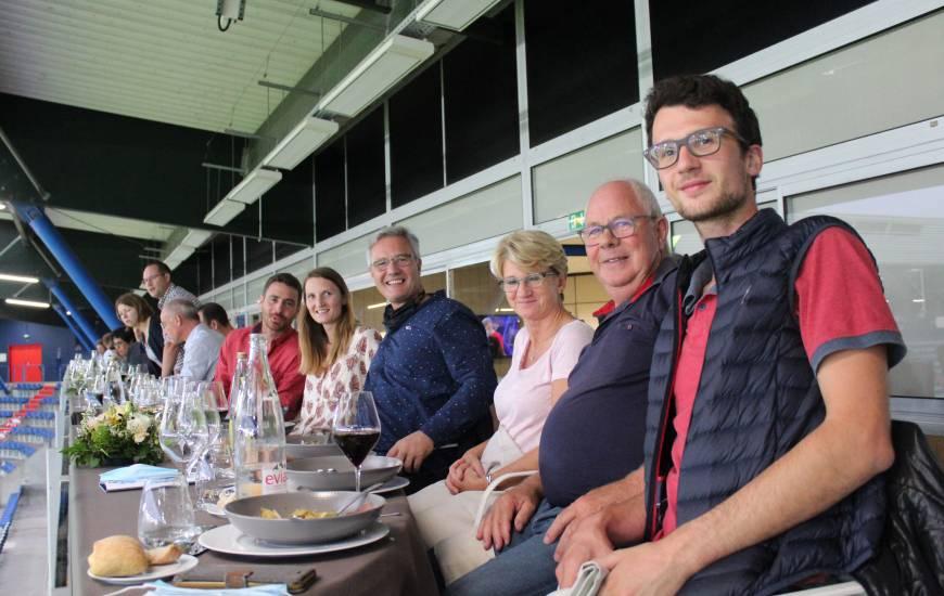 Christophe Künkel fêtait son anniversaire en salon des étoiles à l'occasion de la réception du FC Chambly